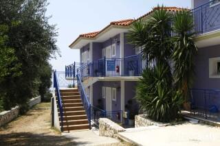 accommodation milos studios