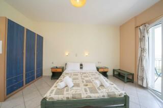 accommodation milos studios bed