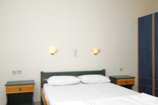 accommodation milos studios cozy bed