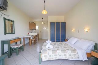 accommodation milos studios elegant room