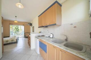 accommodation milos studios kitchen