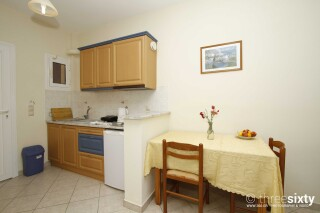 accommodation milos studios kitchenette
